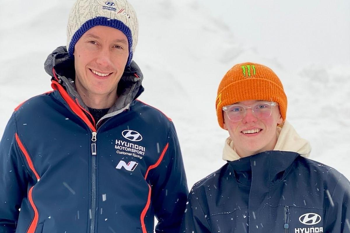 WRC: sarà Marshall a navigare Oliver Solberg al Rally Arctic