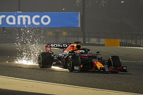Bahreïn, J1 - Verstappen fend le sable, Mercedes a du pain sur la planche