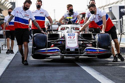 Онлайн. Второй день предсезонных тестов Формулы 1 в Бахрейне