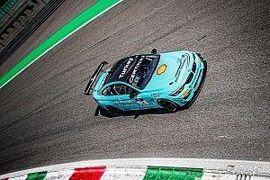 Cem ve Berkay, Monza'daki ilk yarışta 29. başlayıp 2. oldular!