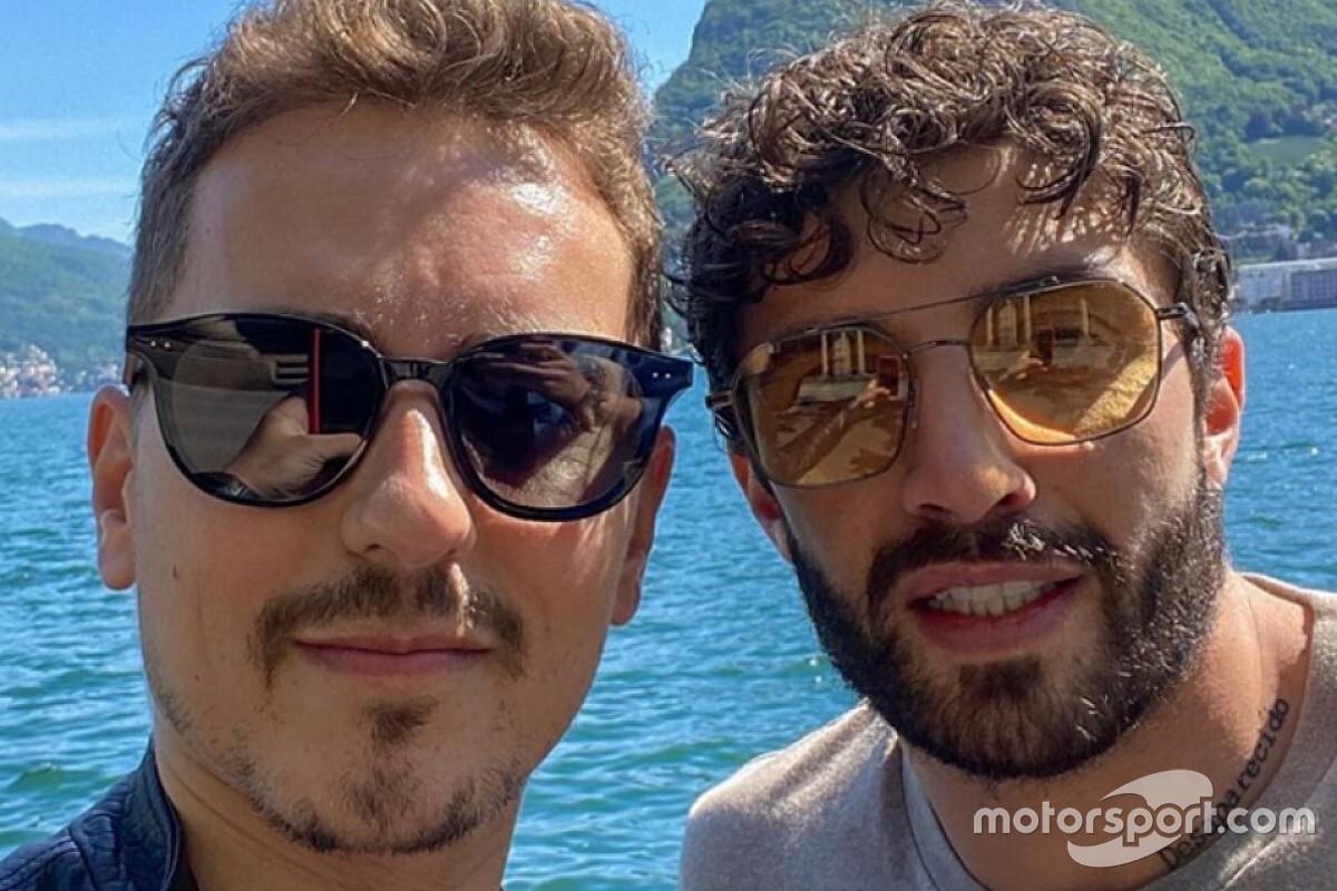 Lorenzo, que pasó un control el mismo día, cree que Iannone es inocente