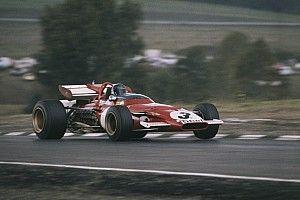 Hamilton, Ferrari'nin klasik F1 araçlarından birini sürebilir