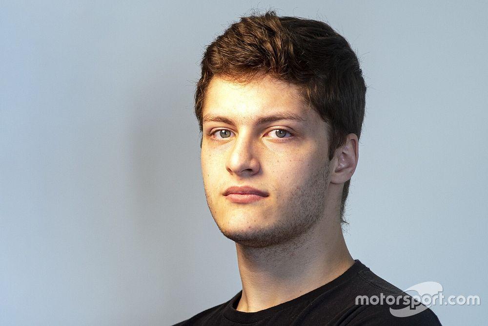 Jeff Giassi, do automobilismo virtual, competirá também no asfalto na Porsche Cup Brasil