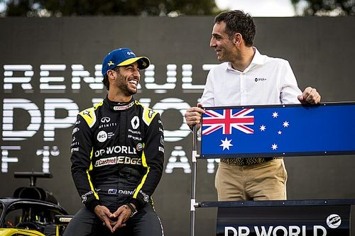 Ricciardo over tattoo-weddenschap: Abiteboul zal 'nerveus' zijn