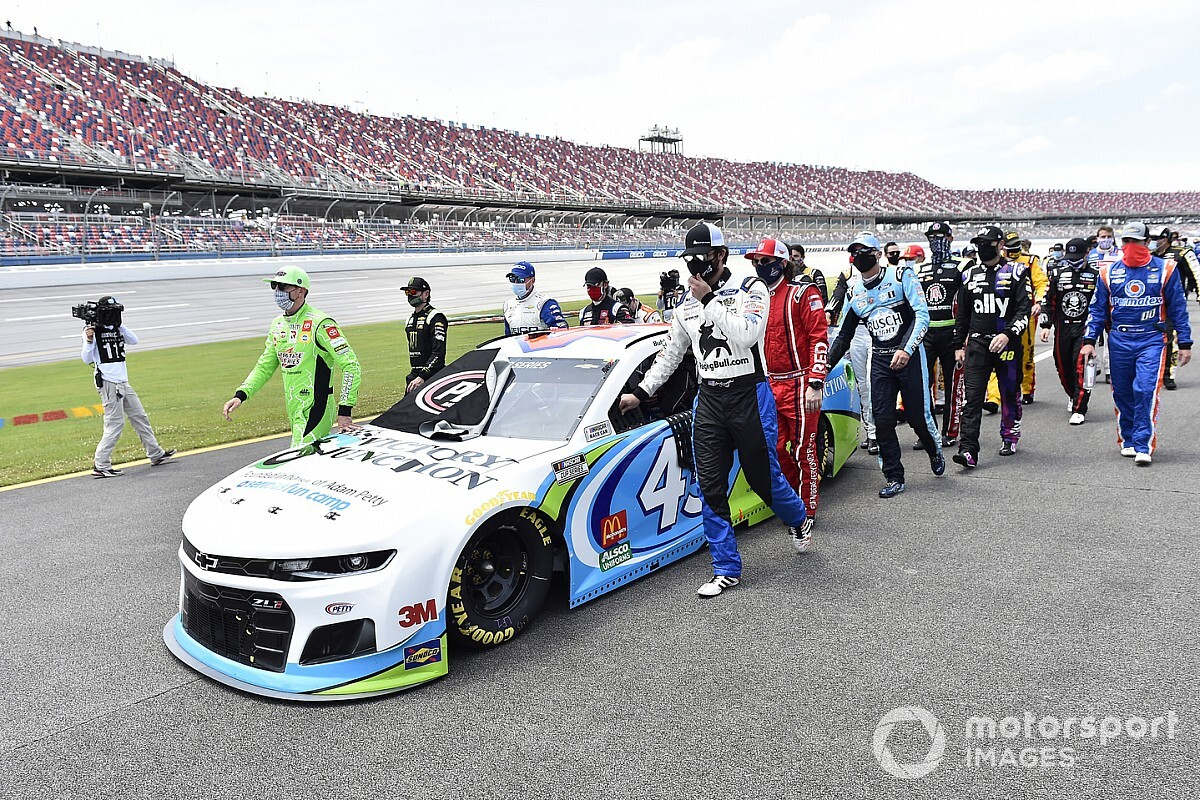 NASCAR: If hate crime is suspected, we'll do the same again