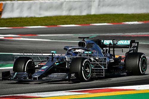 Боттас стал быстрейшим утром первого дня тестов Ф1 в Барселоне