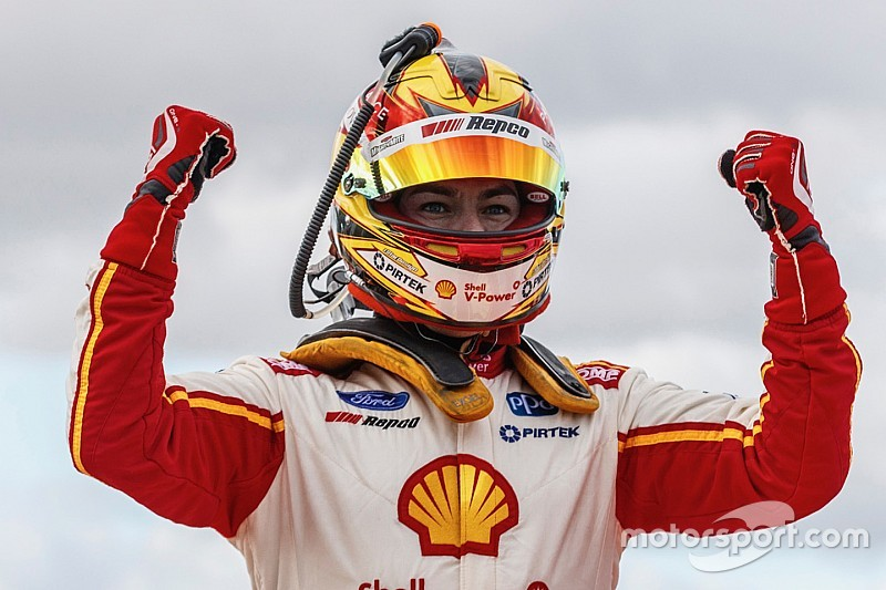 Winton Supercars: McLaughlin dominates Sunday race