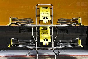 A Ferrari mellett a Renault is új motort vet be