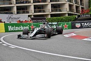 Mercedes asusta también en el inicio del GP de Mónaco