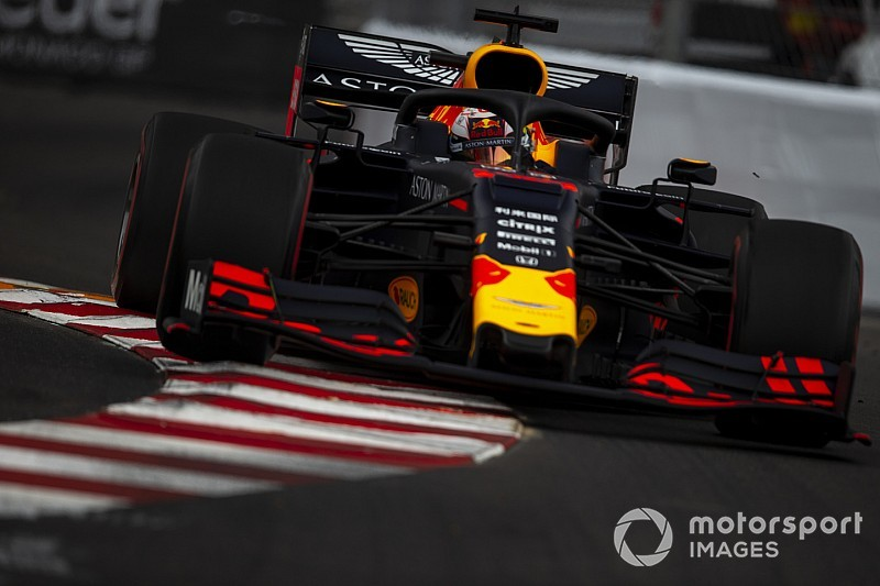 Debris caused Verstappen radiator damage in FP2