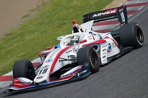 Autopolis Super Formula: Sekiguchi charges from 16th to win