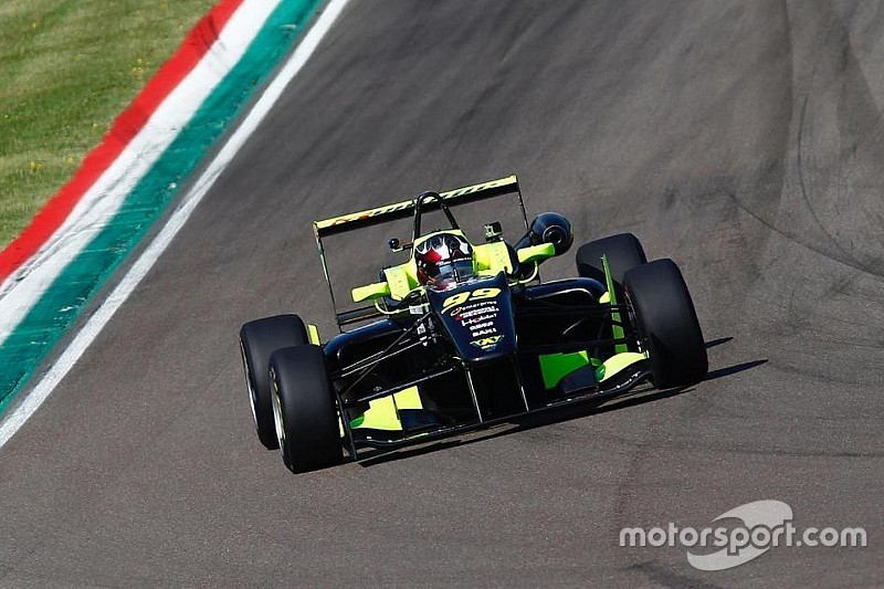 Topjet F2000 Italian Trophy: Cola trionfa ad Imola in una Gara 2 da Thriller