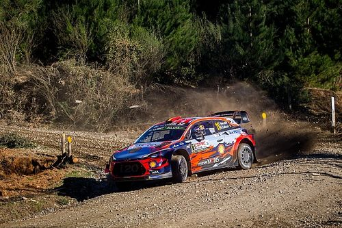 VIDEO: Neuville abandona en Chile por un accidente