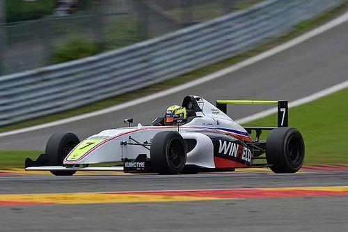 Les F4 aux couleurs Winfield en pointe à Spa-Francorchamps
