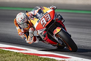 Marquez wygrywa wyścig pełen kraks
