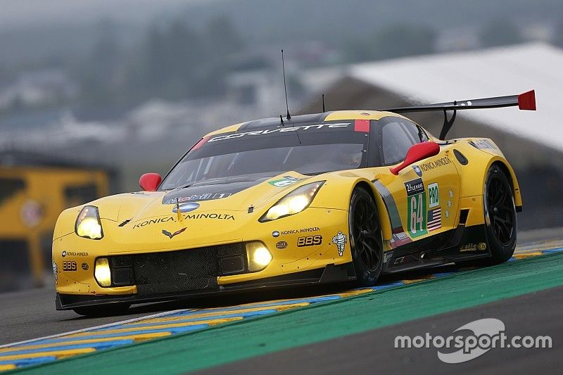 Garcia fastest driver in GTE Pro Class on Test Day