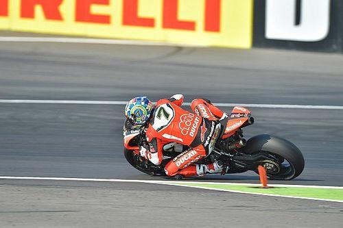 Lausitz WSBK: Davies takes crushing win, Rea crashes