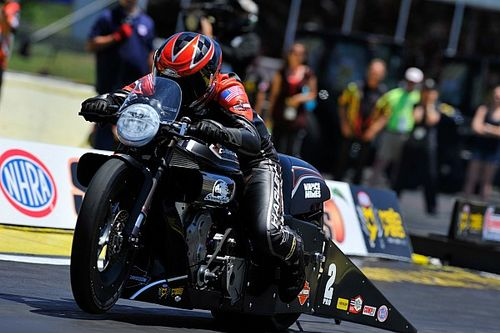 Capps, Torrence, Line And Krawiec lead qualifying Friday at the NHRA Summernationals