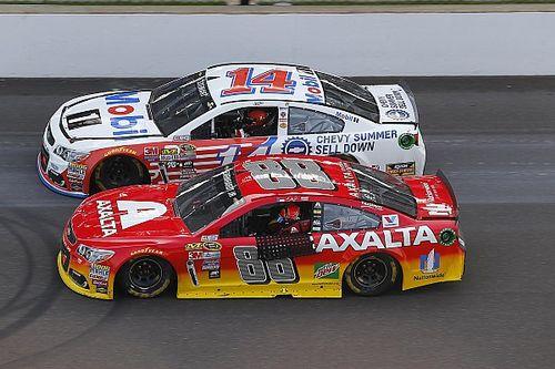 Stewart and Gordon share one-lap salute after final Brickyard 400