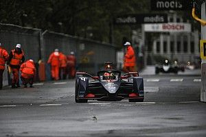 Paris E-Prix: Frijns wins shunt-packed race despite damage