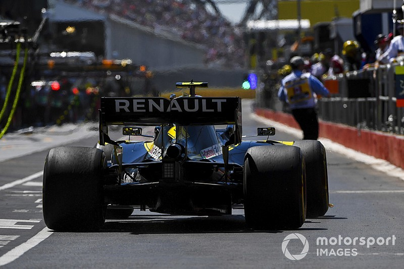 "Hulkenberg predicts pitlane ""traffic jam"" in Canada"