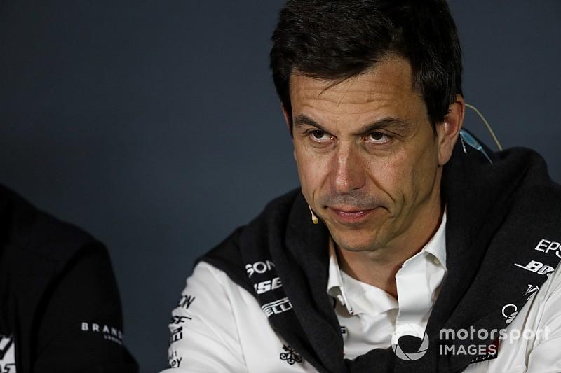 Bos Mercedes: Jangan beri tekanan pada stewards