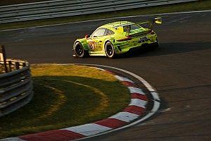 Экипаж на Porsche лишился второго места в «24 часах «Нюрбургринга» из-за слишком высокой мощности мотора