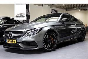 Verstappen biedt zijn unieke Mercedes online te koop aan