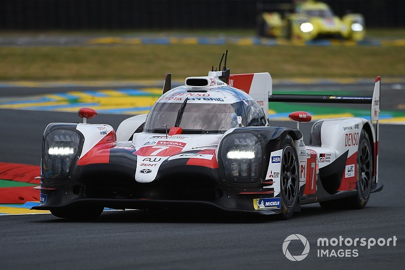 24h di Le Mans, 6° ora: le Toyota mantengono il comando, terribile schianto per Fassler!