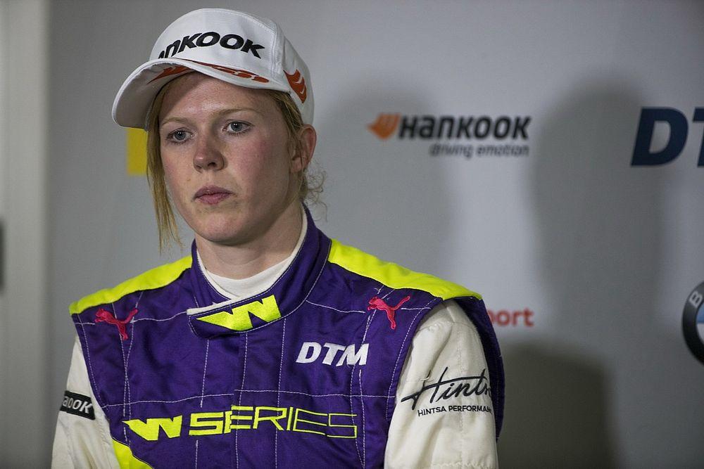 Steiermark W Series: Powell ilk pole pozisyonunu Moore'un önünde kazandı