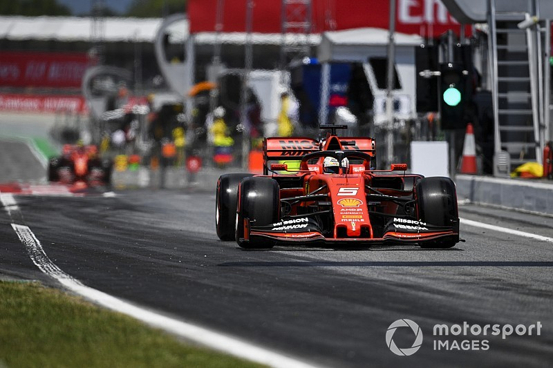 "Vettel : Ferrari tente ""quelque chose d'audacieux, qui sera payant"""