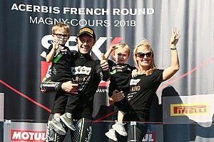 WSBK Magny-Cours: Rea oppermachtig naar vierde wereldtitel, Van der Mark P7