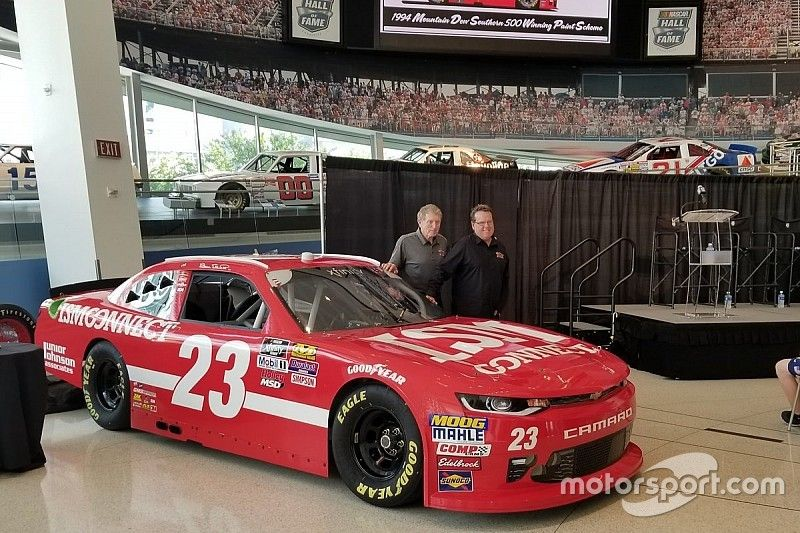 Throwback scheme revealed for Bill Elliott's NASCAR return