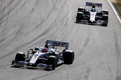 "Schumacher boos op Mazepin: ""Hij drukte me de pitsmuur in"""