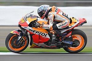 Эспаргаро на Honda взял поул MotoGP в Сильверстоуне