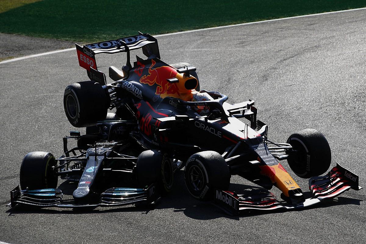 Diretor de provas da F1: Punições de Verstappen e Hamilton não são comparáveis