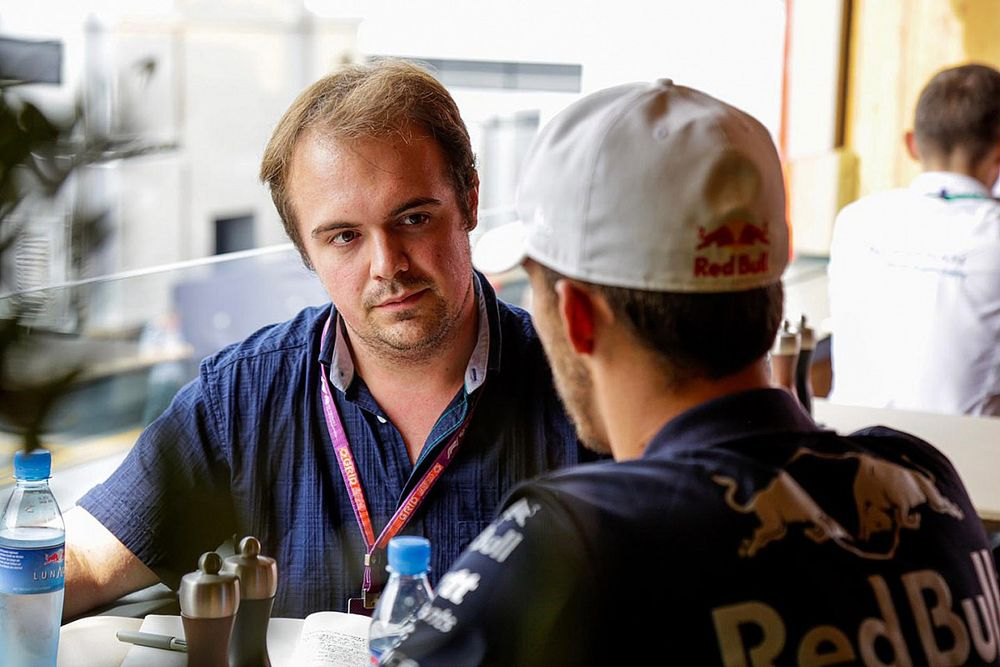 How to become a Formula 1 journalist: Qualifications, skills & more