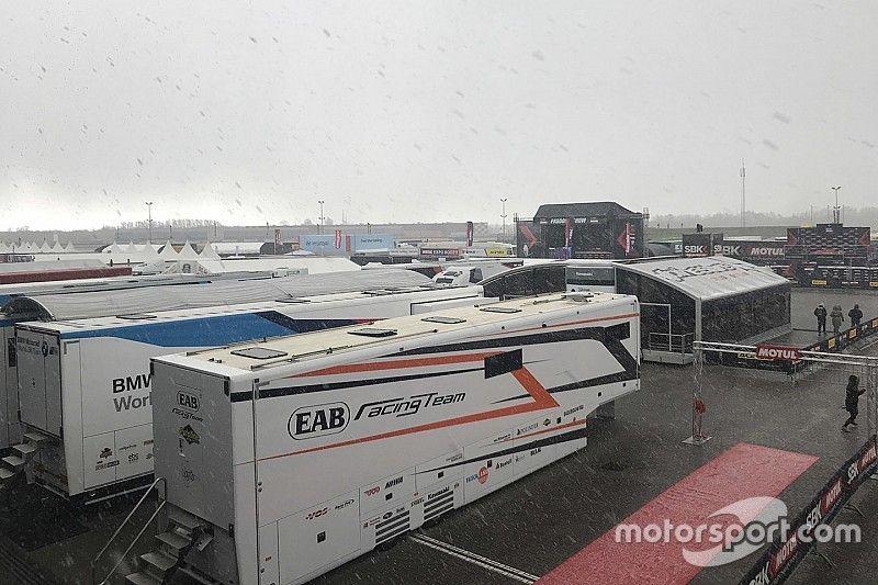 La Course 1 Superbike annulée pour cause de… neige!