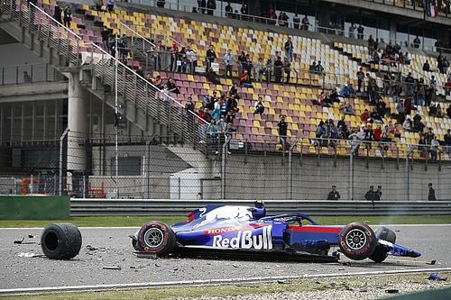 Chinese GP: Bottas quickest in FP3, big crash for Albon