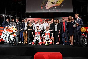 Saisoneröffnung der Allianz zwischen MV Agusta und dem Moto2-Team Forward Racing in Mailand