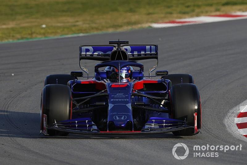Albon pone a Toro Rosso en lo más alto en la sesión matutina