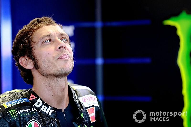 Ebben a sisakban versenyez Misanóban Rossi (képek)