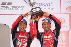 23号車ニスモ、チャンピオン争いにわずかな望みを繋ぐ3位表彰台