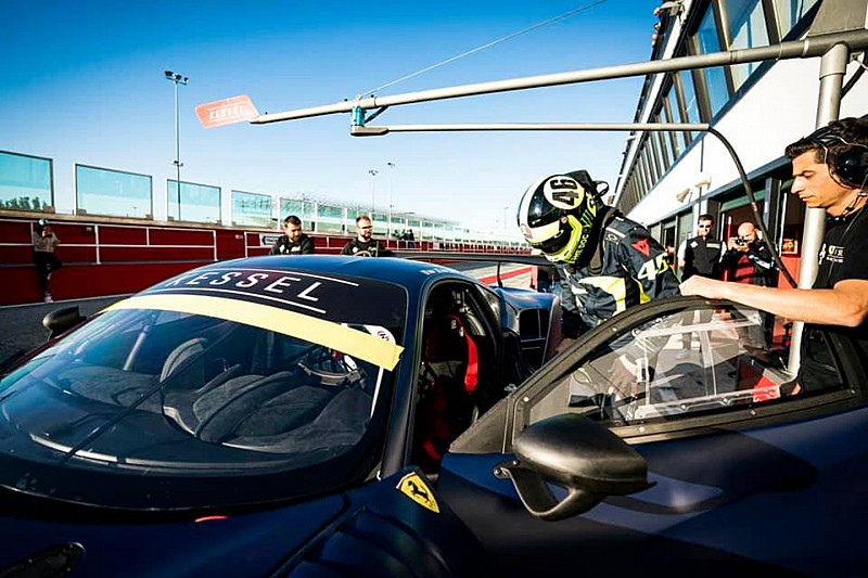 Fotogallery: Rossi prova a Misano la Ferrari 488 GT3