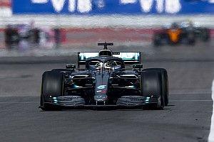 """Hamilton: """"Overstap naar Ferrari is geen optie voor mij"""""""