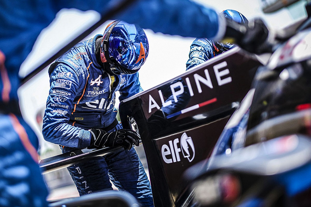 Renault could rebrand F1 team Alpine after restructure