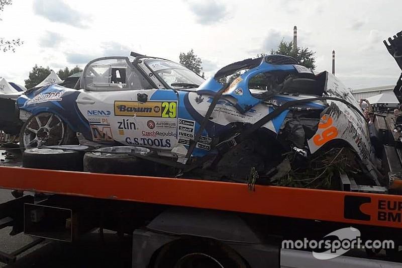 Melegari e Bonato ricoverati dopo un tremendo botto al Barum Rally