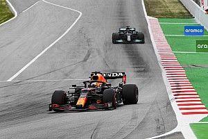 """Verstappen felt like """"sitting duck"""" against Hamilton in Spain"""