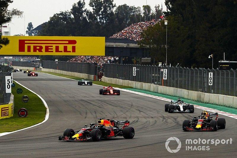 Horner: Era para Verstappen e Ricciardo estarem no pódio