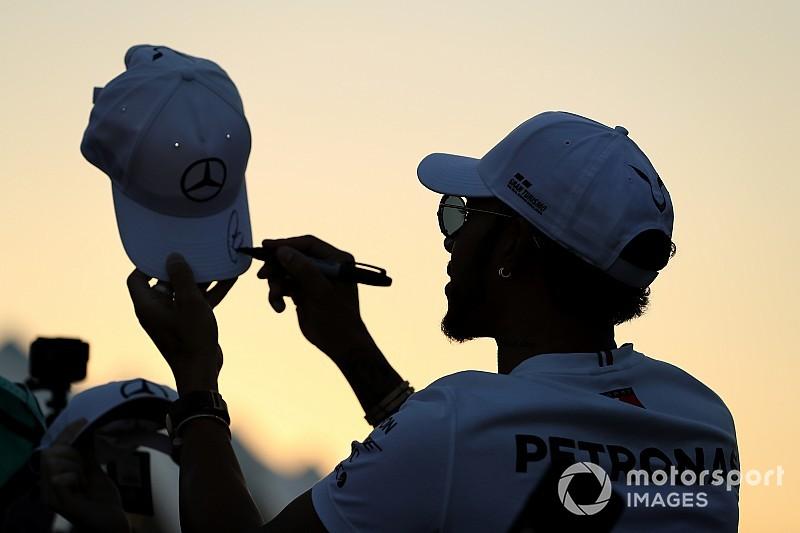 Hamilton ve Ricciardo, Abu Dhabi'de özel kask tasarımıyla yarışacaklar